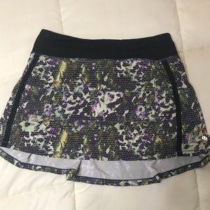 Lululemon Sz 6 Pace Rival Skirt II Floral Multi